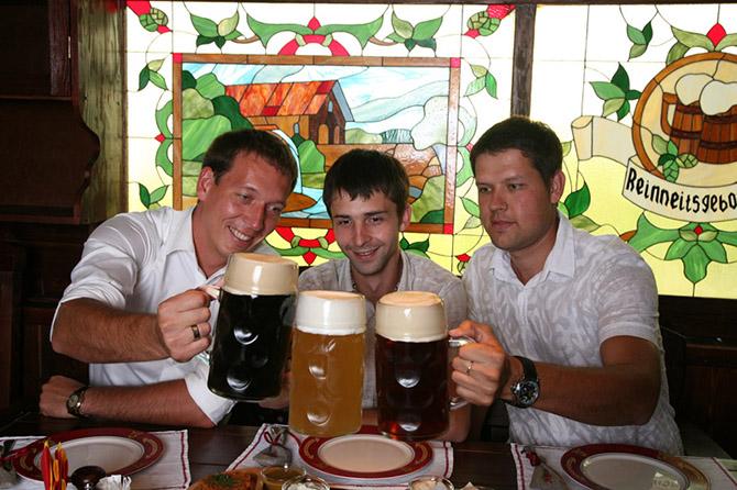 В группе риска повредить свою поджелудочную железу входят любители пива