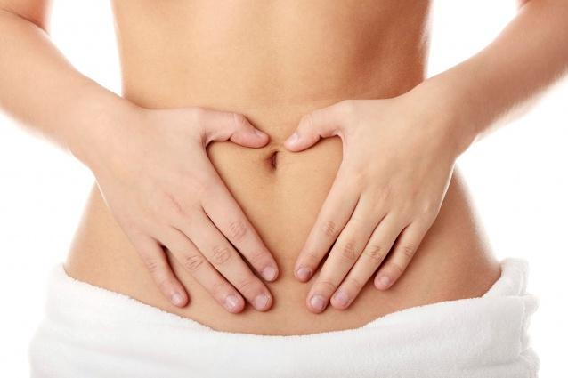 Болезнь вызывает постоянный дискомфорт в животе
