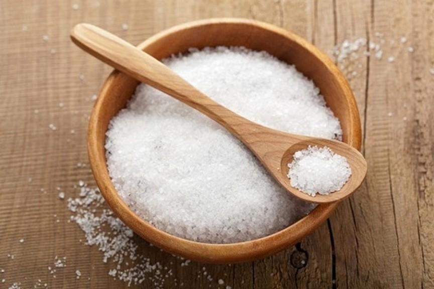 Соленая вода хорошо чистит весь кишечник