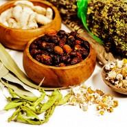 В народной медицине активно используют отвары из лечебных трав