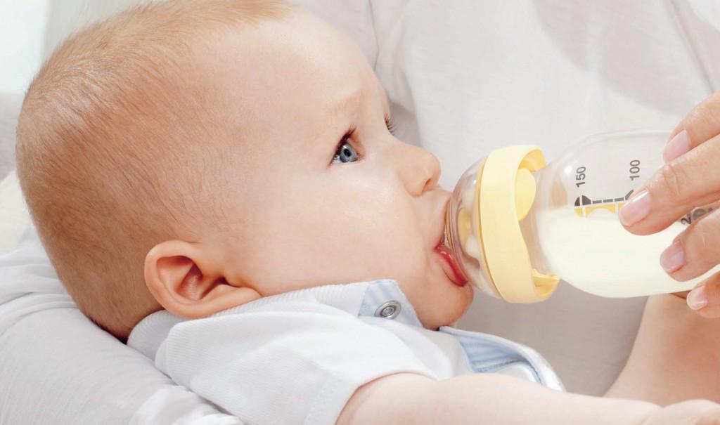 У малышей часто возникает расстройство кишечника