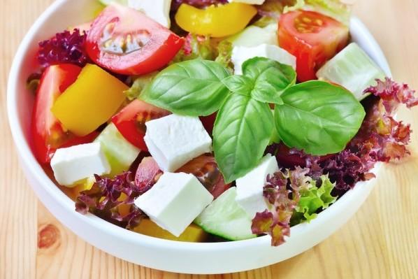 Больной должен налегать на овощи и нежирное мясо