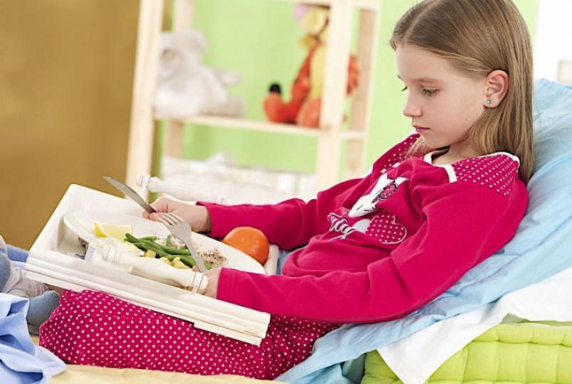 Ребенку предписывают строгие правила питания