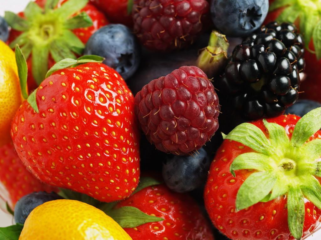 Больному разрешается в свой рацион включать свежие фрукты