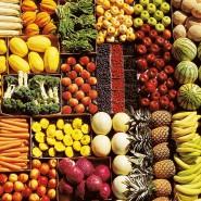 Больному следует аккуратно кушать овощи и фрукты