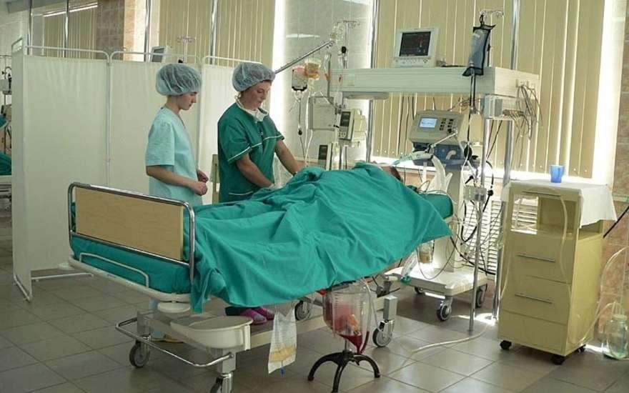 Сразу после операции больной попадает в реанимацию