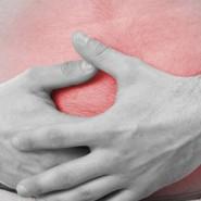 У больного появляются резкие боли в правом боку
