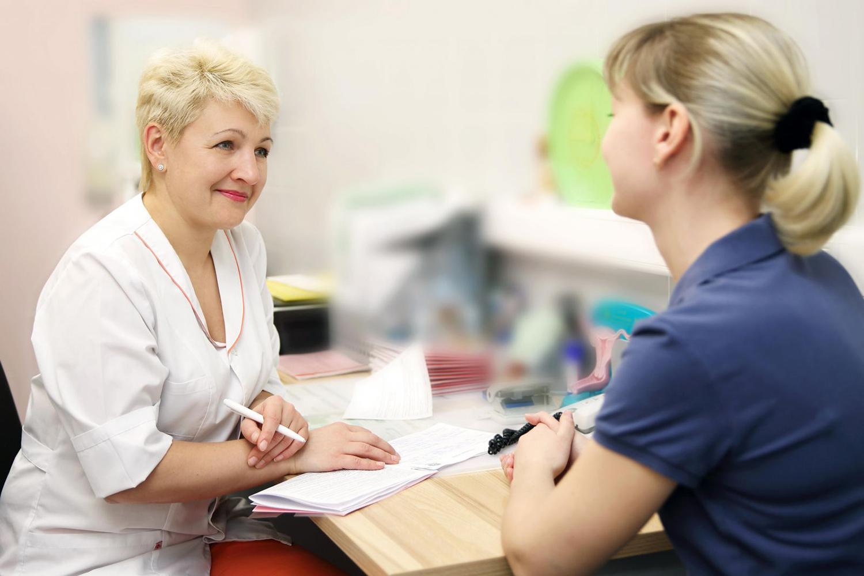 Смотреть как женщина пришла на прием к гинекологу 22 фотография